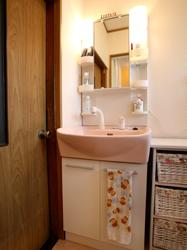 予算内でこんなにお洒落な浴室にリフォームできたので、とても嬉しいです。