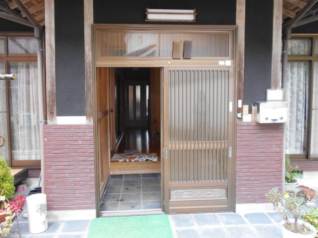 玄関ドアの交換リフォーム