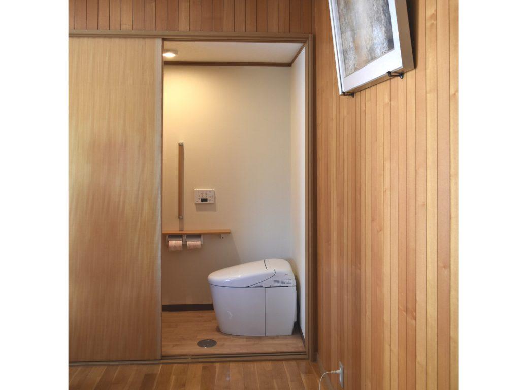 押入れがトイレに変身しました!