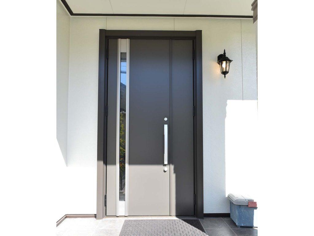 外壁塗装&玄関ドア取替え