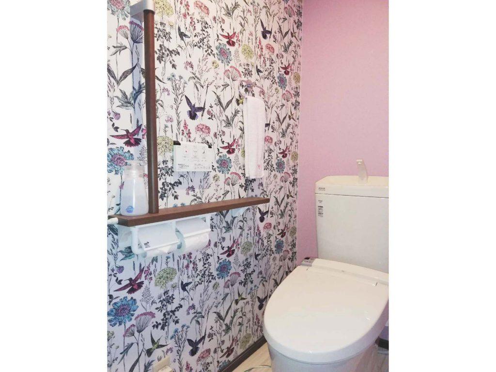 クロス選びで個性的なトイレにリフォーム!