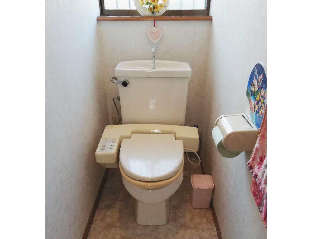ショールーム展示品トイレをお値打ちに取付させていただきました!