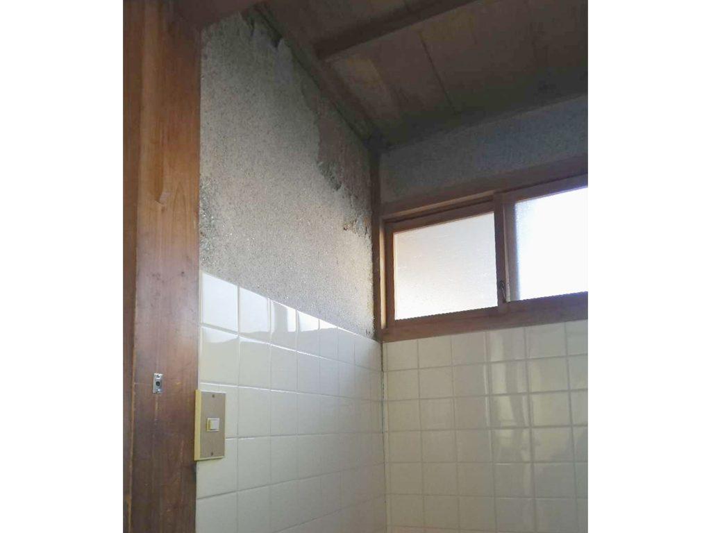 洗面所&トイレ 内装工事で明るく生まれ変わりました