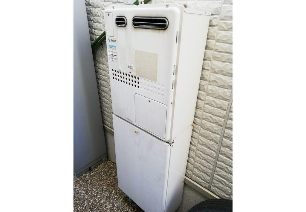 お湯が出なくて困った・・・暖房給湯器お取替え♪