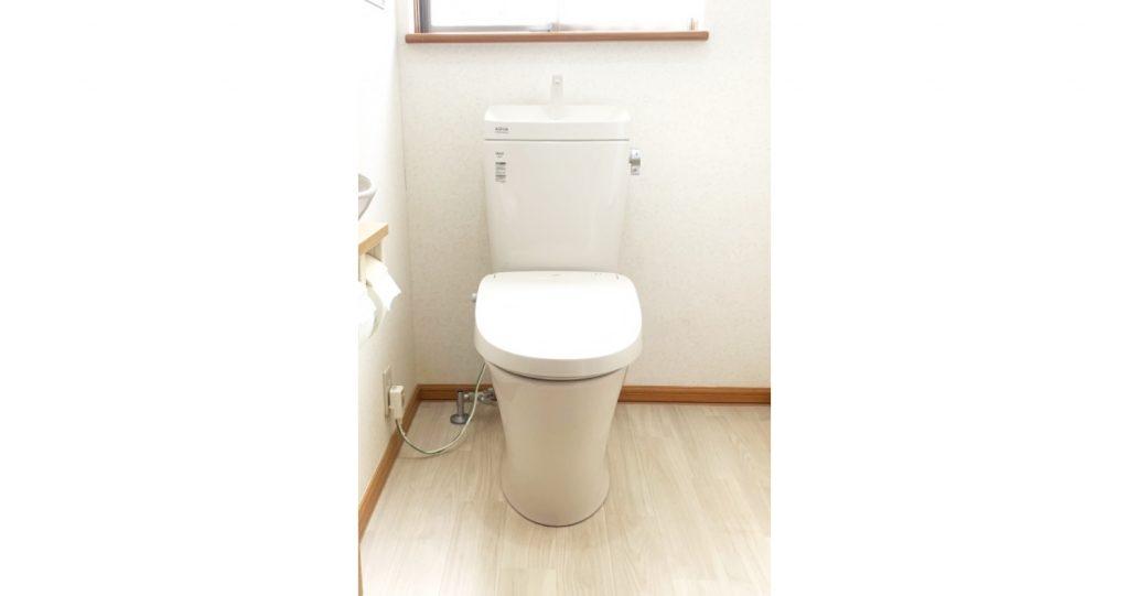 トイレのお取替えと床の張替えを一緒に♫