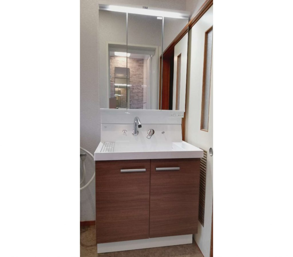 築年数30年を超えたお家の浴室・脱衣場・トイレをリフォーム♪