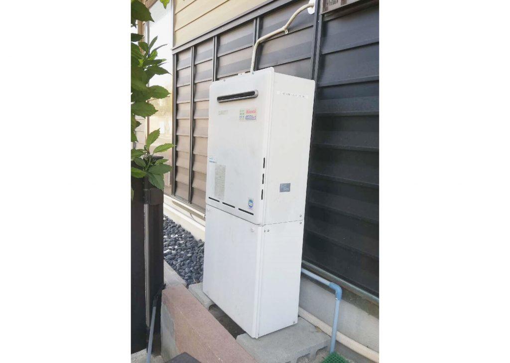 機能性抜群のタンクレストイレと、給湯器も一緒にお取替え♫